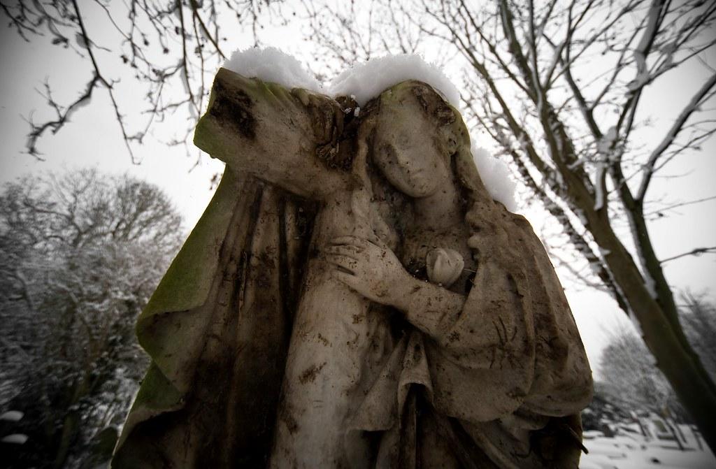 Extra Mural Cemetery by howzey