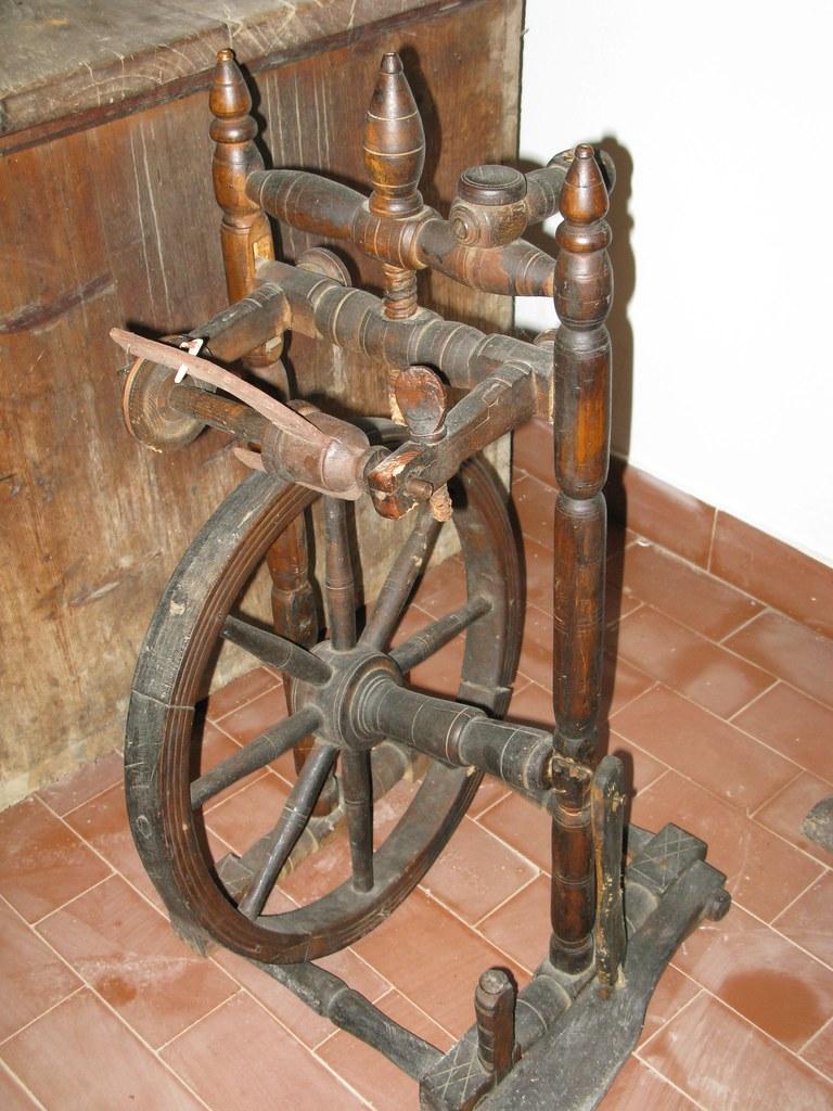 Old Spinning Wheel Remember Sleeping Beauty Karmen Smolnikar Flickr