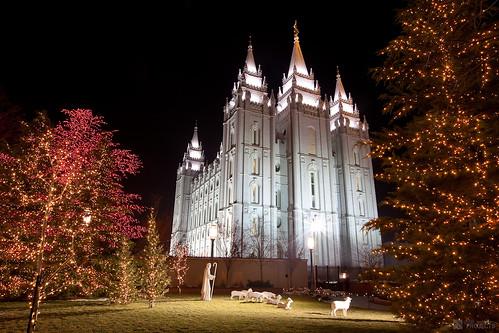Salt Lake City Temple Square - Christmas 2009   by JeremyHall