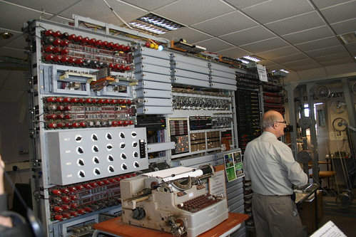 Tony Sale with the Colossus Mk 2 Replica @ Bletchley Park