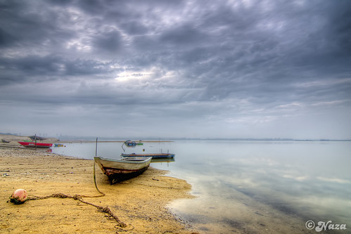 Abandoned boat on the abandoned beach of the abandoned land with the abandoned man behind the curtain | by naza.carraro