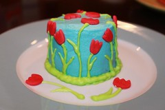 tulip cake side | by MiraUncutBlog