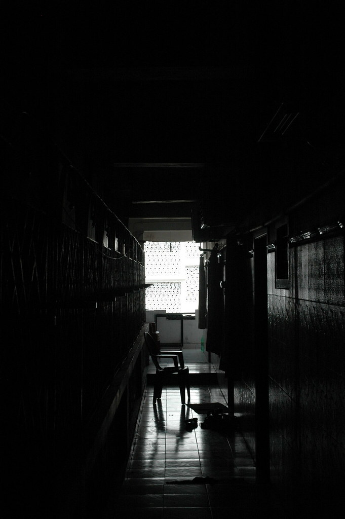 Dark hallway | The dark hallway of French Guest House ...