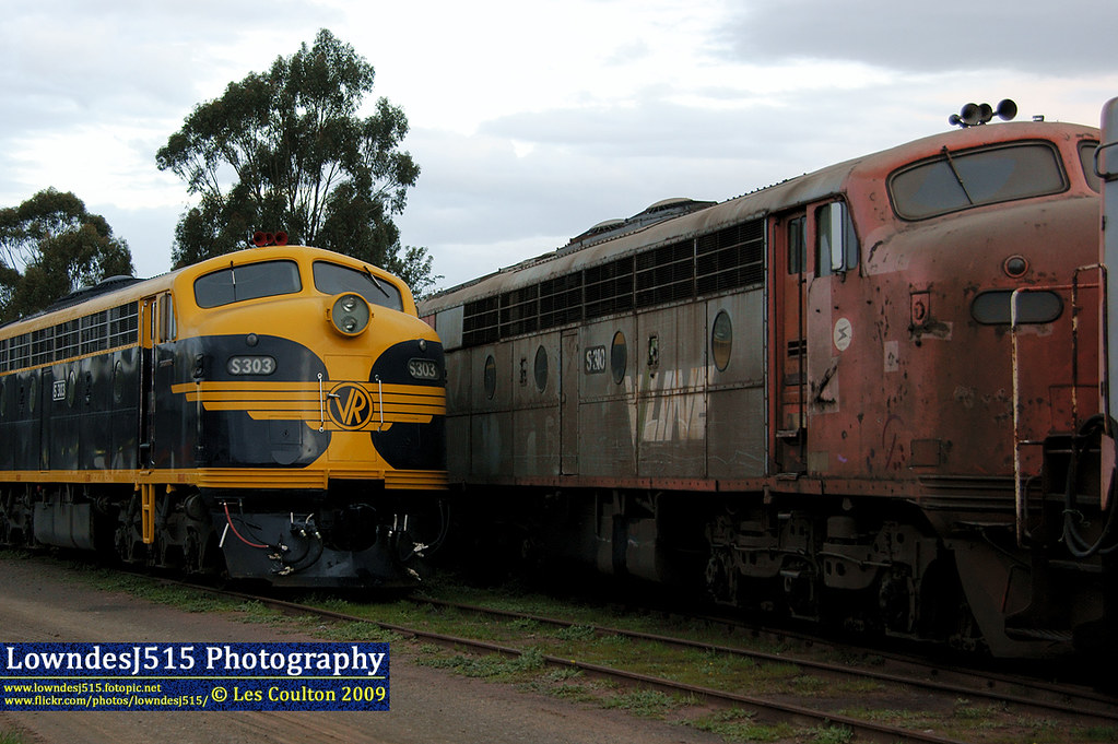 S303 & S310 at Seymour by LowndesJ515
