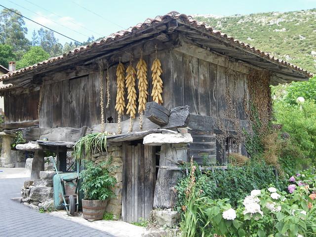 Ruta de los Molinos, La Cuevona, Ribadesella, Asturias