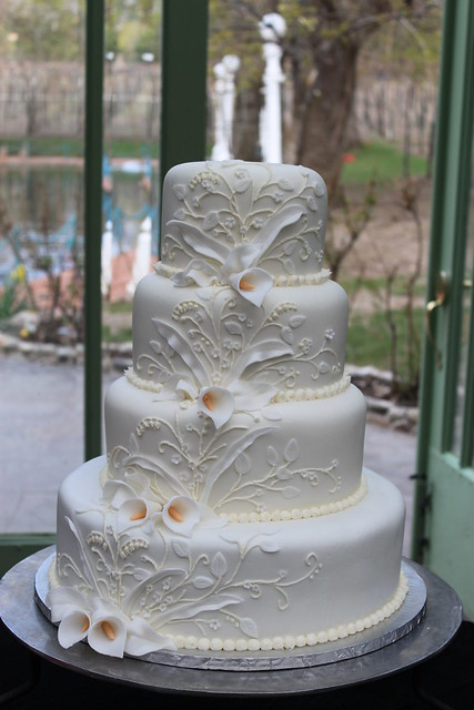 Royal inspired wedding cake