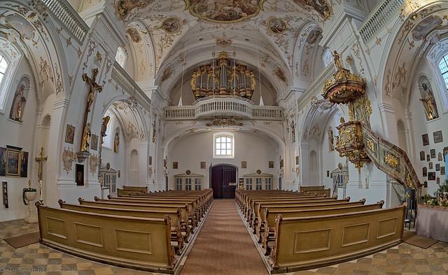 Pfarr- und Wallfahrtskirche Trautmannshofen - Mariä Namen