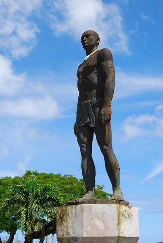 Chief Quipuha (Ke puha) Statue