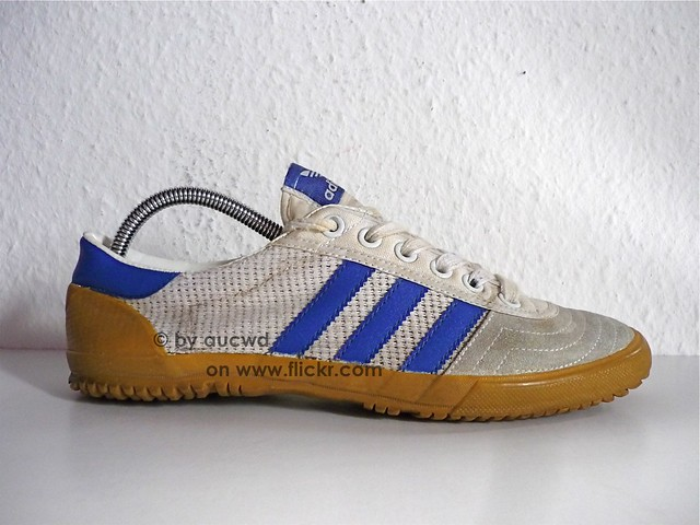 70`S 80`S VINTAGE ADIDAS VOLLEYBALL SHOES original 70  original 70