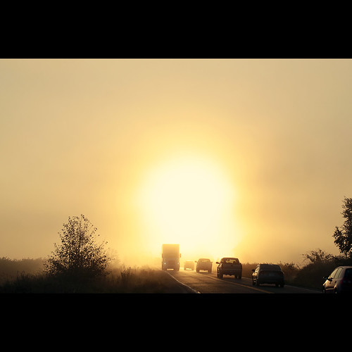 road sun sunrise surrey portal equinox morningmist autumnalequinox canonef100mmf28usmmacro septemberequinox 88thavenue kvdl