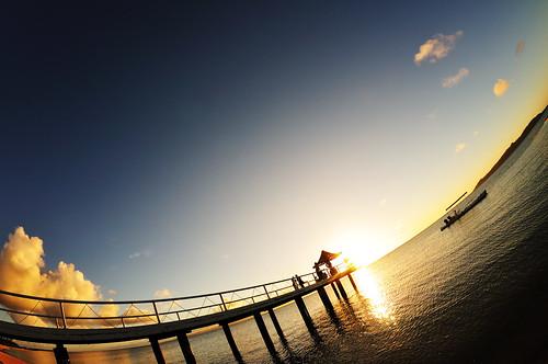 japan 日本 nikon d300 夏 summer okinawa ishigaki 石垣島 フサキ fusaki sky 空 青 blue 雲 cloud ビーチ beach 夕日 sunset オレンジ orange atx107dxfisheye1017mmf3545