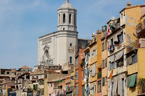 Catedral i Cases de l'Onyar, Girona | by twiga_swala