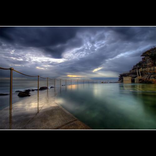 blue beach pool photoshop sunrise cs2 cloudy australia nsw bec tidepool bronte conctete brontebeach photomatix infinestyle newsouthwals —obramaestra— brontetidepool