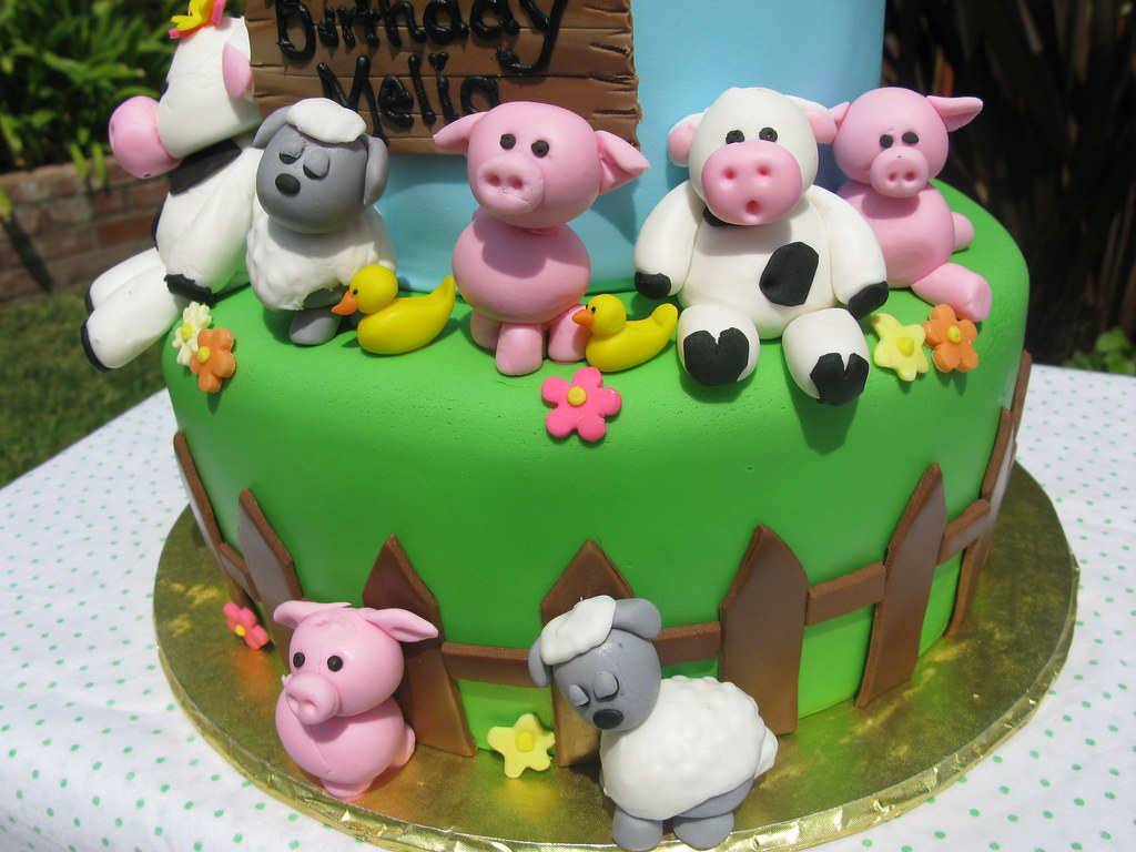 Farm Animal Cake A Photo On Flickriver