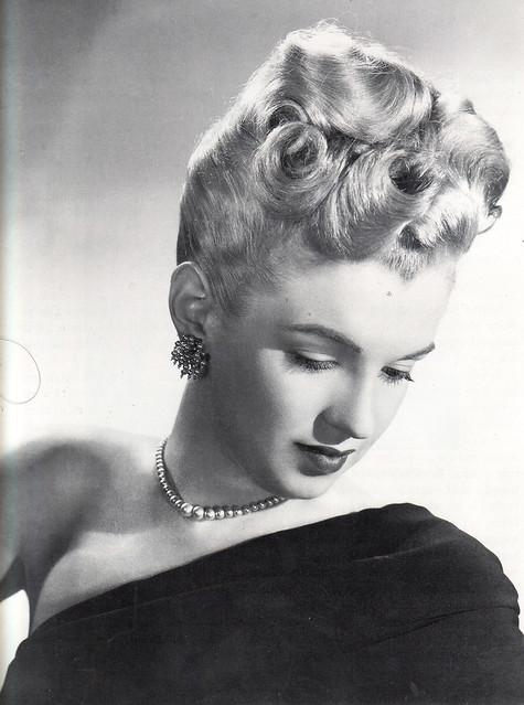 Marilyn modelling hairstyles