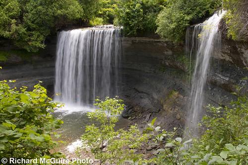ontario waterfall limestone manitoulinisland bridalveilfalls niagaraescarpment kagawong