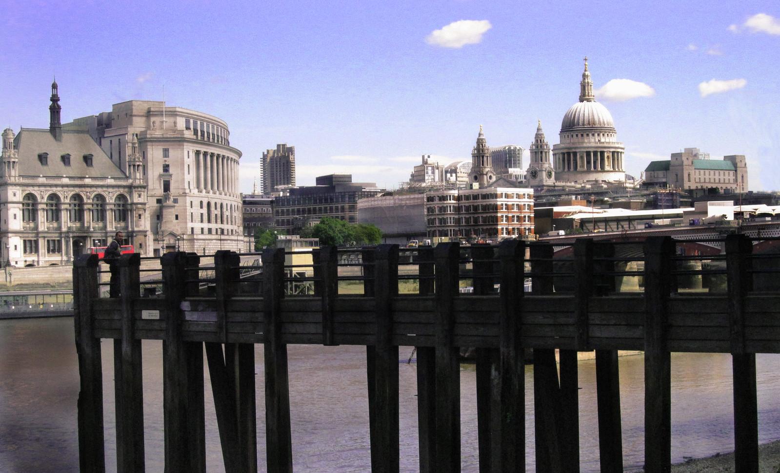 London 354
