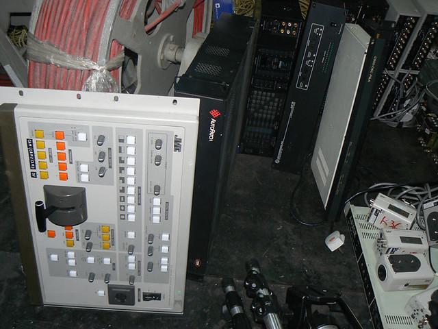 JVC KM-D600 Y/C DIGITAL EFFECTS GENERATOR | Ikegami OCP-377