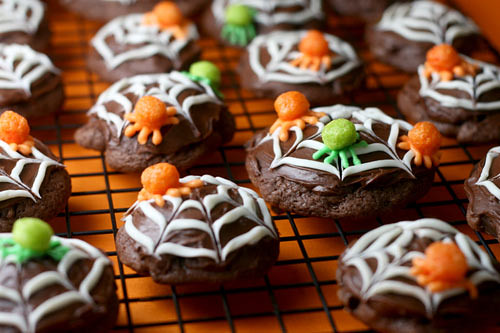 Trix Cereal Spider Cookies | by Bakerella