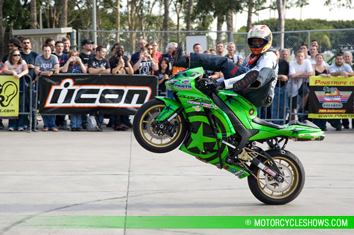 Jason Britton Team No Limit Stunt Show | Kawasaki sponsored … | Flickr