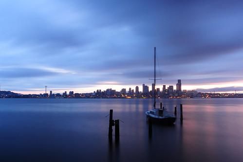 seattle water skyline sailboat sunrise washington nikon waterfront windy alki spaceneedle elliottbay davidhogan d5000