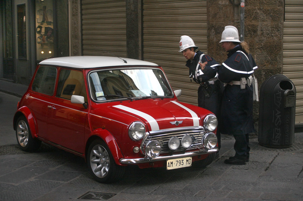 Italian Police Italian Job Classic Mini Cooper The King Concept