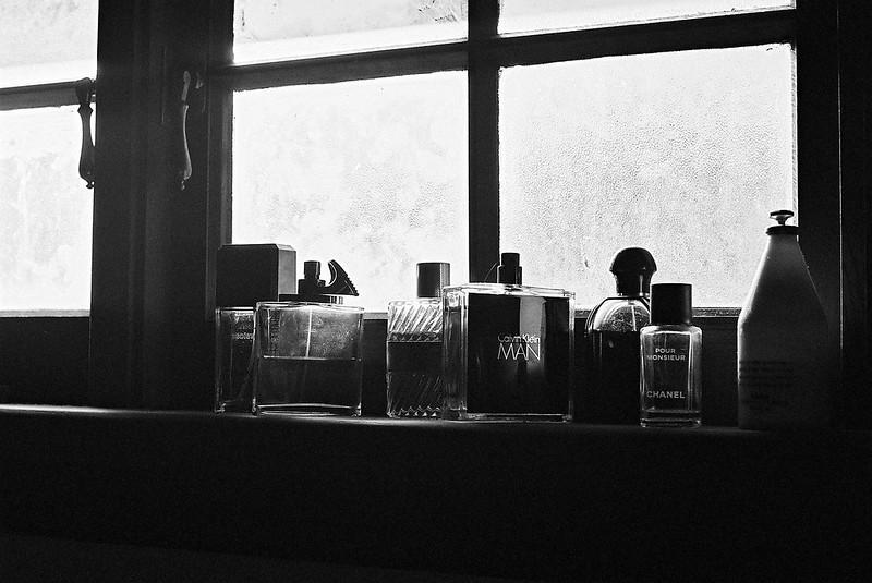 Backlit aftershaves