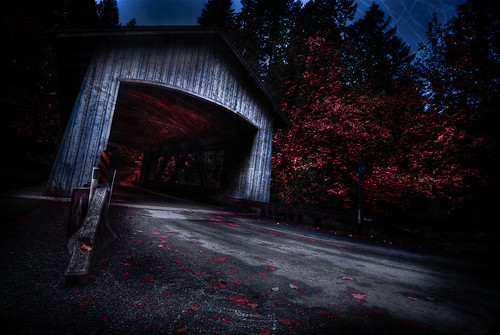 bridge mill halloween creek washington scary state pacific northwest creepy sleepy covered cedar hollow grist d80 tokina1116