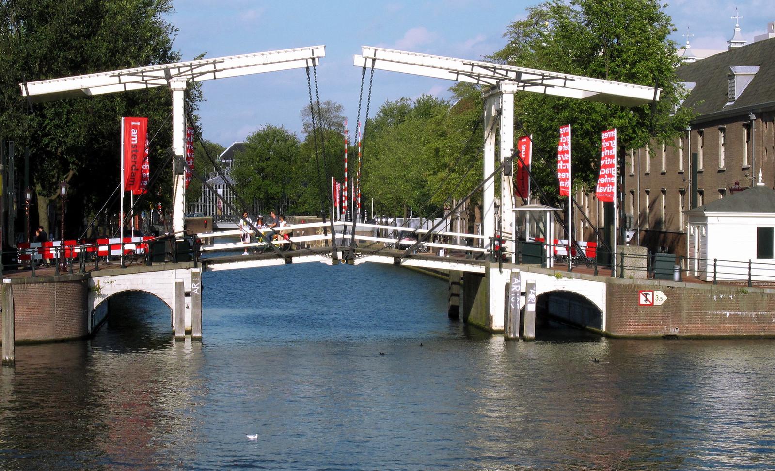 Amsterdam 333