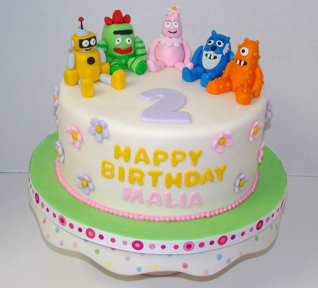 Terrific Yo Yo Gabba Gabba Birthday Cake This Single Layer Cake Is Flickr Funny Birthday Cards Online Elaedamsfinfo