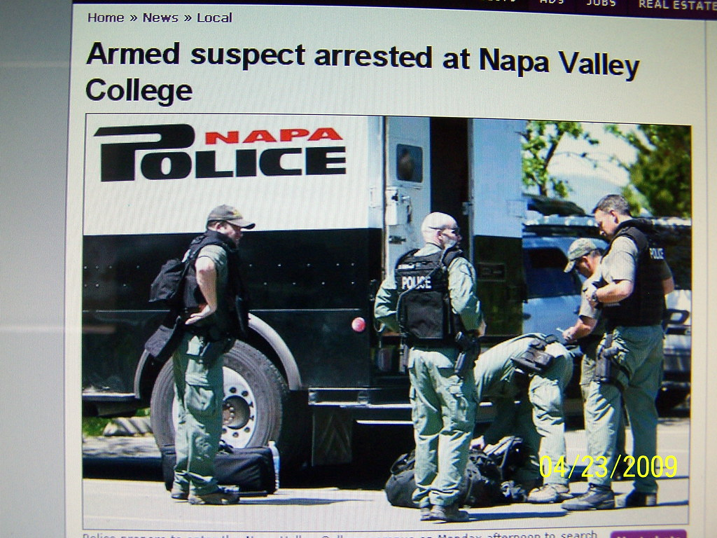 Napa Police ( SWAT ) | gettin ready to storm our library wer