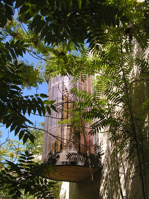 Erich Mendelsohn - Schocken library, jerusalem - round balcony