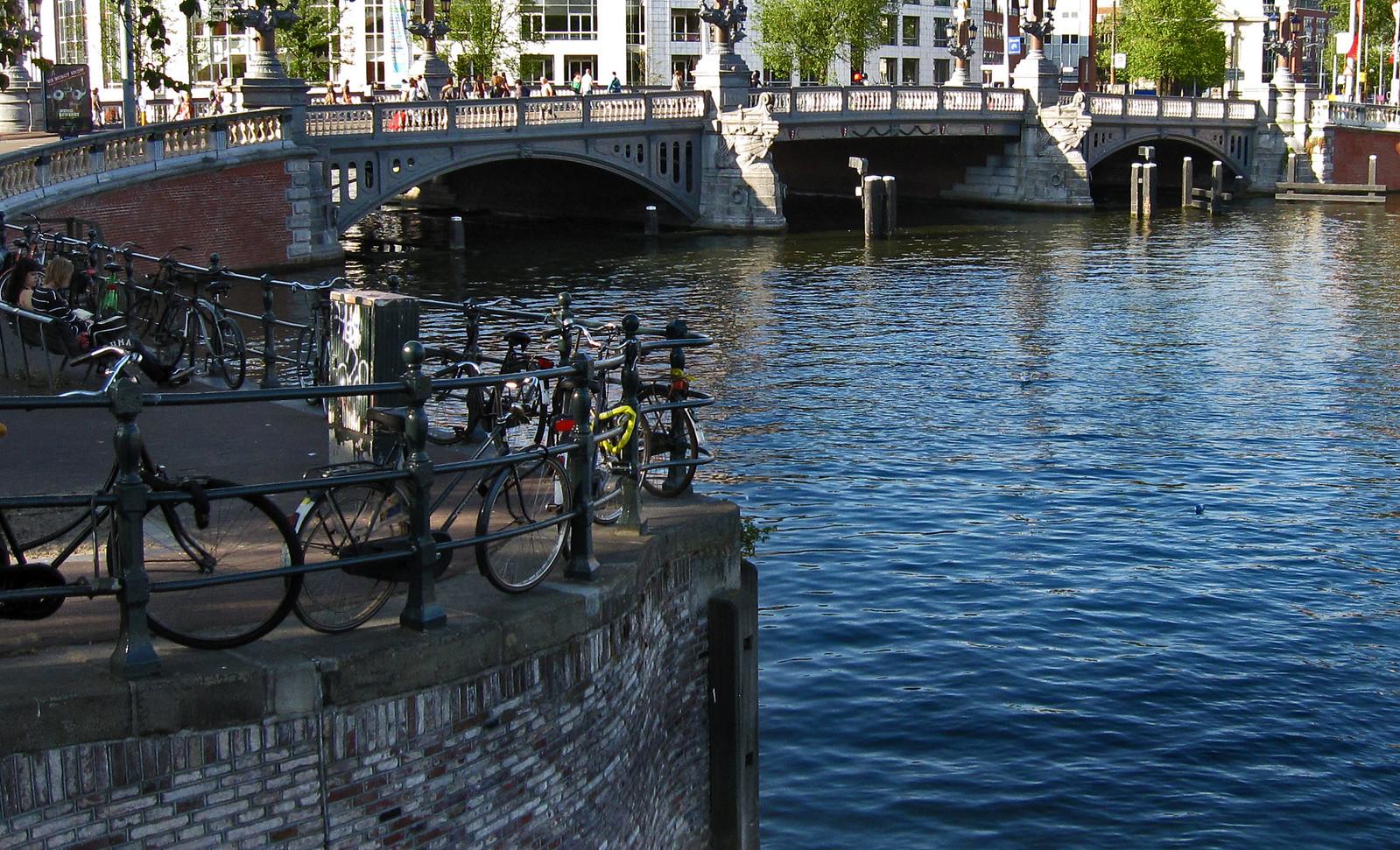 Amsterdam 335