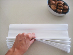 Christmas pom-pom tutorial | by ishandchi