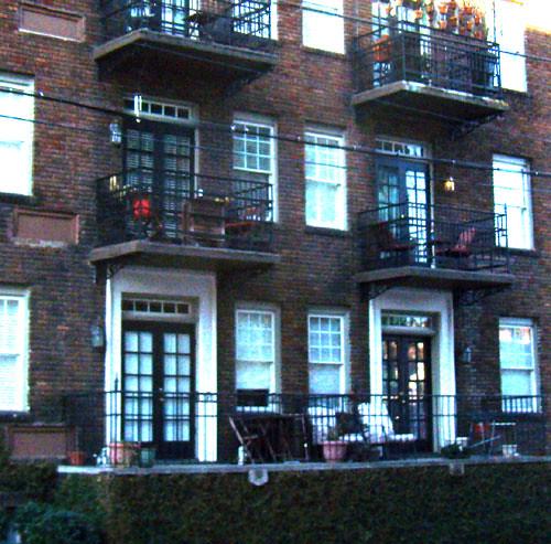 Bon Air Apartments: P2082034-Fuzzy--1920-Bon-Air-Apartments-G-Lloyd-Preacher-E
