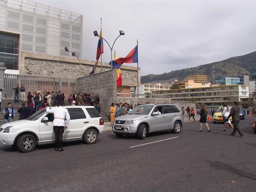 Ingreso y revisión de credenciales | by Asamblea Nacional del Ecuador