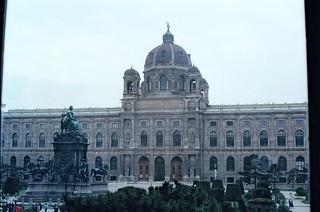 95. //83/1k/1084/4f - Naturhistorisches Museum / Maria-Theresien Platz, Vienna -  Austria 1987