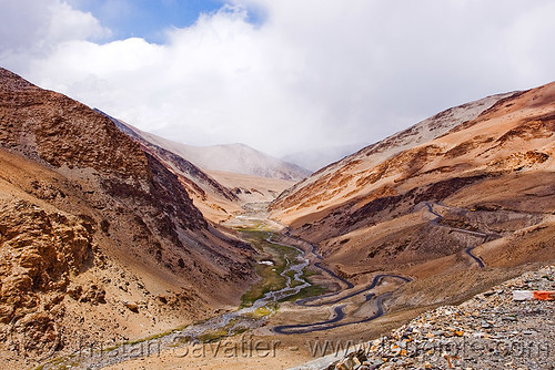 DSC12048 - Manali to Leh road (India) | by loupiote (Old Skool) pro