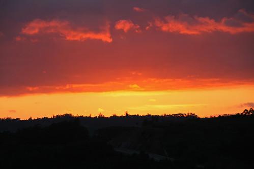 sunset sky españa orange sun sol clouds sunrise canon landscape eos spain dusk valle paisaje galicia cielo valley nubes naranja ocaso ulla anochecer nightfall 400d atomicaward gettyimagesiberiaq12012