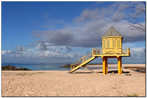 sea vacation sun holiday beach strand geotagged island meer urlaub sunny barbados caribbean sonnig sonne distillery atlanticocean soe atlantik burningrubber karibik topshots mywinners canoneos400d goldstaraward geo:lat=1307802742949802 geo:lon=5961040863116374