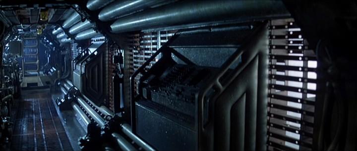 Les coursives du Nostromo dans Alien (Ridley Scott, 1979)