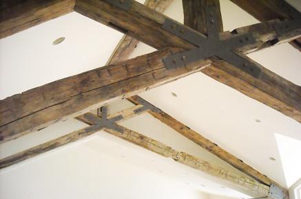 MAIN-Scissor Truss-Great Room Trusses-Reclaimed Beams Deta… | Flickr