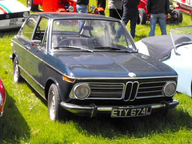 BMW 2002 Coupe - ETY 674L