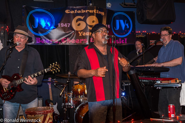2017-0121 Cargo & the Heavy Lifters at JV's-5137