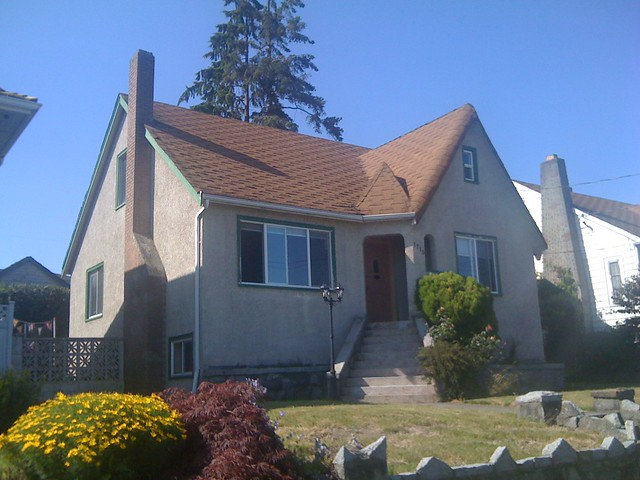 """1715 Nanaimo, New Westminster, """"with its corner entrance and large central gable"""""""