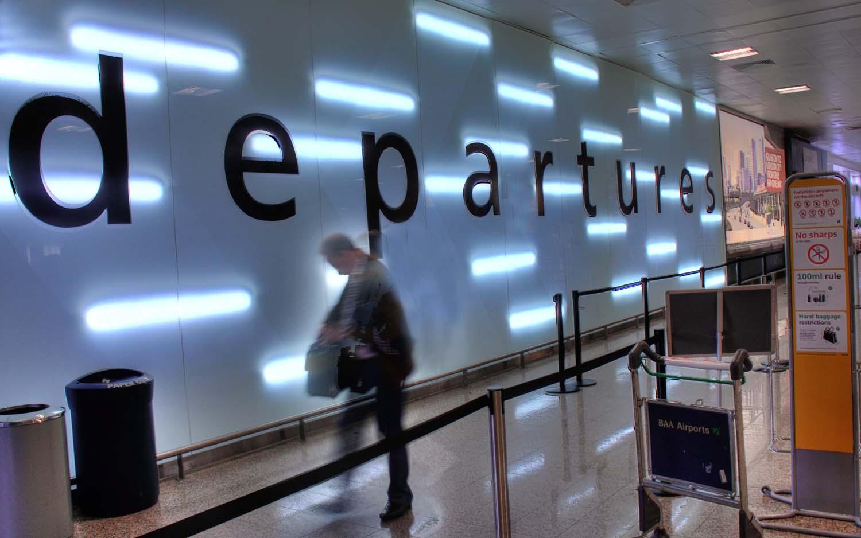 Departures,Glasgow,International,Airport,gate,wall,person,traveller,sign,departure,lounge,Scotland,Clyde,aeropuerto,escocia,viajes,365days,Schotland,l'Ecosse,Ecosse,Schottland,\u03a3\u03ba\u03c9\u03c4\u03af\u03b1,la,Scozia,\u30b9\u30b3\u30c3\u30c8\u30e9\u30f3\u30c9,\uc2a4\ucf54\ud2c0\ub780\ub4dc,\u0428\u043e\u0442\u043b\u0430\u043d\u0434\u0438\u044f,HDR,high dynamic range,abstract,edinbrugh,hotpix!