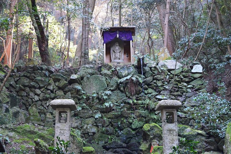 上醍醐寺不動の滝
