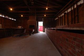 Skylight Inn: The Backup Smokehouse Smoking (LBRDY09)   by Rob Bellinger
