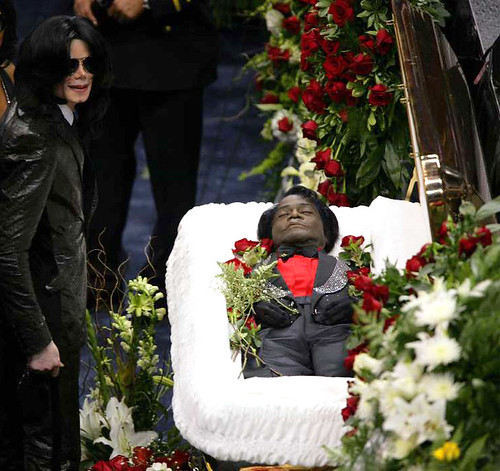 Michael Jackson pays his respects at James Brown's funeral Dec 30 2006 | by bp fallon