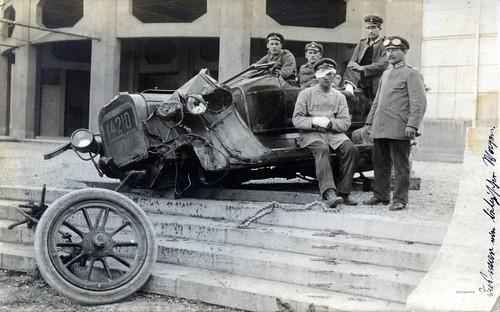 Injured driver & badly damaged vehicle from Kraftwagen Depot München, June 1915 | by ✠ drakegoodman ✠
